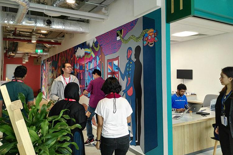 Para wartawan diundang untuk melihat kantor Facebook di Indonesia, di bilangan Jakarta Selatan [Foto The Jakarta Post Dea]