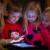 Bagi Anak, Bermain iPad Sebelum Operasi Sama Ampuhnya dengan Menggunakan Obat Penenang