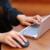 Saking Mungilnya, Laptop Terkecil di Dunia Ini Bisa Dimasukkan ke dalam Saku